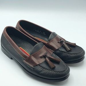Cole Haan womens leather tassel loafers size 7 D